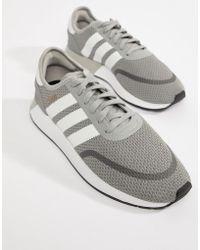 adidas originali swift run formatori in grigio cq2116 in grigio per gli uomini.