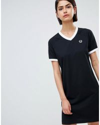 Fred Perry - V-neck Ringer T-shirt Dress With Logo Tape - Lyst