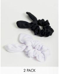 ASOS Set Met 2 Scrunchie Haarelastieken Met Strik In Zwart En Wit - Meerkleurig