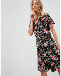 Trollied Dolly - Collared Tea Dress In Floral Print - Lyst
