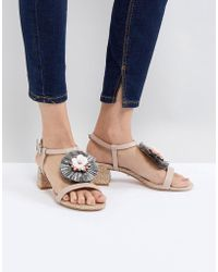 Dune - Low Heel Leather Sandal With Raffia Embellished Flower - Lyst