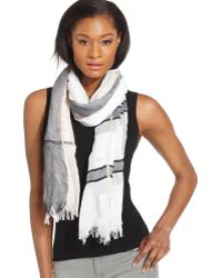 BCBGMAXAZRIA - Basket Weave Colour Block Wrap - Lyst