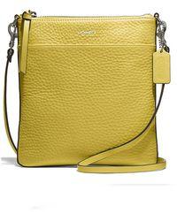 Coach Yellow Borsa Giallo - Lyst