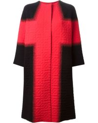 Alexander McQueen Oversized Embossed Coat red - Lyst