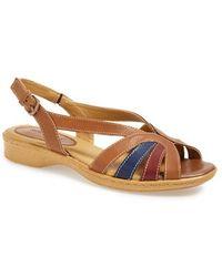 Softspots | 'Haley' Leather Sandal | Lyst