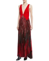 Tre by Natalie Ratabesi - Plunging Sleeveless Velvet Top Wolf-print Plisse Bottom Evening Gown - Lyst
