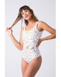 Verdelimon - Mito Tie Belt One Piece Swimsuit - White Blossom - Lyst