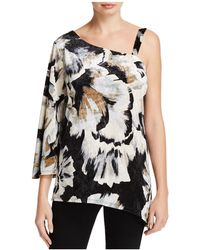 Status By Chenault - Asymmetric Floral Print Crushed Velvet Top - Lyst