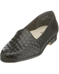 Trotters - Womens Liz Leather Closed Toe Loafers - Lyst