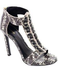 Roberto Cavalli - Womens Snake Skin T Strap Heeled Sandals Pumps - Lyst