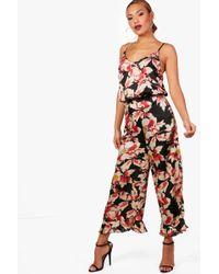 Boohoo - Premium Wide Leg Ruffle Floral Trouser - Lyst