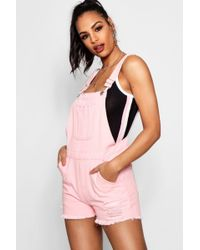 Boohoo - Tina Fray Hem Denim Dungaree Shorts - Lyst