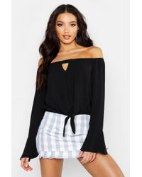 adf970cb407d Boohoo Ruched Off The Shoulder Tie Detail Top in Black - Lyst