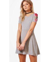 Boohoo - Petite Georgie Applique Detail Skater Dress - Lyst