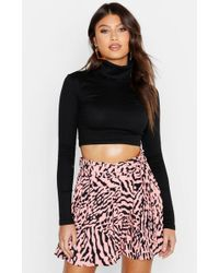 Boohoo - Pleated Animal Print Shorts - Lyst