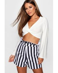 Boohoo - Petite Jenny Flare Sleeve Knot Front Top - Lyst