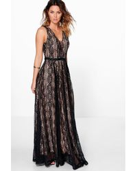 Boohoo - Boutique All Lace Plunge Neck Maxi Dress - Lyst
