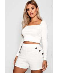 Boohoo - Plus Horn Button Detail Tailored Shorts - Lyst