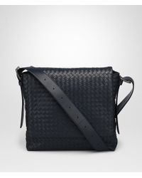 Bottega Veneta - Prusse Intrecciato Calf Messenger Bag - Lyst