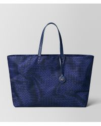 2483f7b7c3 Bottega Veneta Intrecciomirage Large Tote in Natural - Lyst