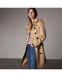 Burberry - Cotton Gabardine Trench Coat With Oversize Buckle Detail Honey - Lyst