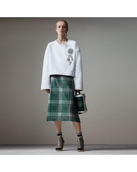 Burberry - Cropped Sweatshirt With Crystal Brooch - Lyst