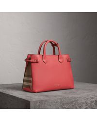 Burberry - The Medium Banner In Leather And House Check Cinnamon Red - Lyst