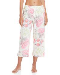 Hue - Hydrangea Capri Pajama Pants - Lyst