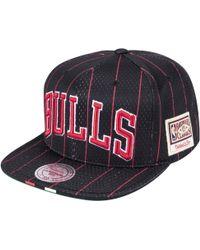 sale retailer f78ea 0beee Mitchell   Ness - Chicago Bulls Nba Snapback - Lyst