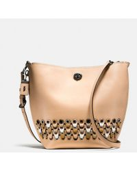 COACH - Duffle Shoulder Bag With Link Detail In Glovetanned Leather - Lyst