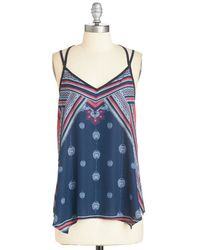 Sunny Girl Pty Lltd Energizing Outing Top blue - Lyst