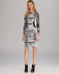 Karen Millen Dress Signature Stretch Texture Print - Lyst