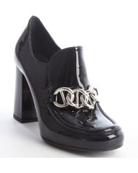 Prada Black Patent Leather Chain Link Oxford Pumps - Lyst