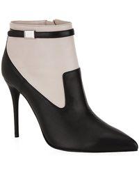Alexander McQueen High Vamp Pointed Boot - Lyst