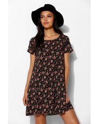 Pins And Needles Short Sleeve Shift Dress - Lyst