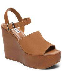 56004354f955 Lyst - Steve Madden  nylee  Platform Sandal in Natural