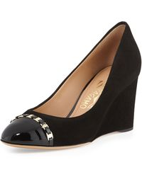 Ferragamo Nana Suede Captoe Wedge Pump Nero - Lyst