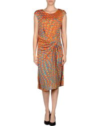 Issa Knee-Length Dress orange - Lyst
