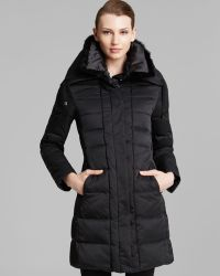 Elie Tahari Quilted Down Coat with Fur Collar - Lyst
