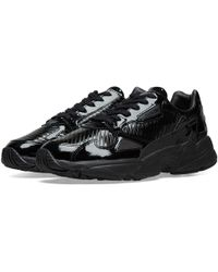 71ee92068662a4 Lyst - adidas Women s Nmd R1 Primeknit Sneakers in Black