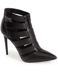 Kenneth Cole 'Williams' Cutout Bootie - Lyst