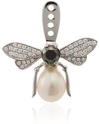 Yvonne Léon - 18k White Gold Fly Earcuff With Pearl And Diamonds - Lyst