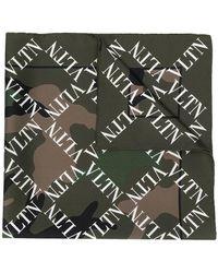 Valentino - Écharpe VLTN à imprimé camouflage - Lyst
