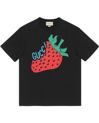 Gucci - T-Shirt mit Strawberry-Print - Lyst