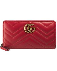 a06b9fe9b96 Lyst - Gucci Gg Marmont Matelassé Wallet in Red