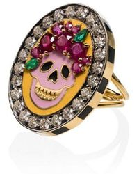 Holly Dyment - 18k Yellow Gold Skull Diamond And Ruby Ring - Lyst