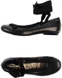 Vic Matie' Ballet Flats black - Lyst