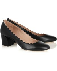 Chloé Scalloped Leather Pumps - Lyst