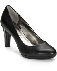 Ak Anne Klein Clemence Leather Round-Toe Pumps black - Lyst
