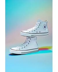 Converse Chuck Taylor All Star Leather High Top Sneaker - Lyst